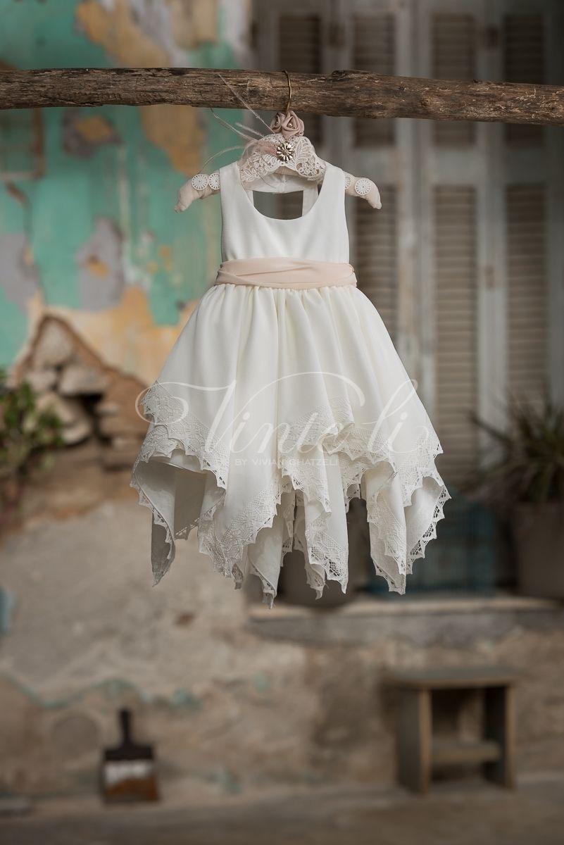 79e47cb0b158 Κρεπ ασύμμετρο φόρεμα βάπτισης Vinte Li 2721 με κορδέλα