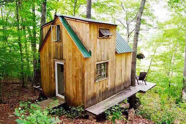 Voici une Pu0027tite Maison Dans les Bois Construite en 6 Semaines Pour