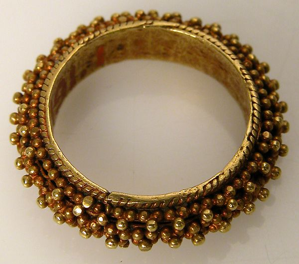 Finger Ring Date: 10th century Culture: Byzantine Medium: Gold Met Museum