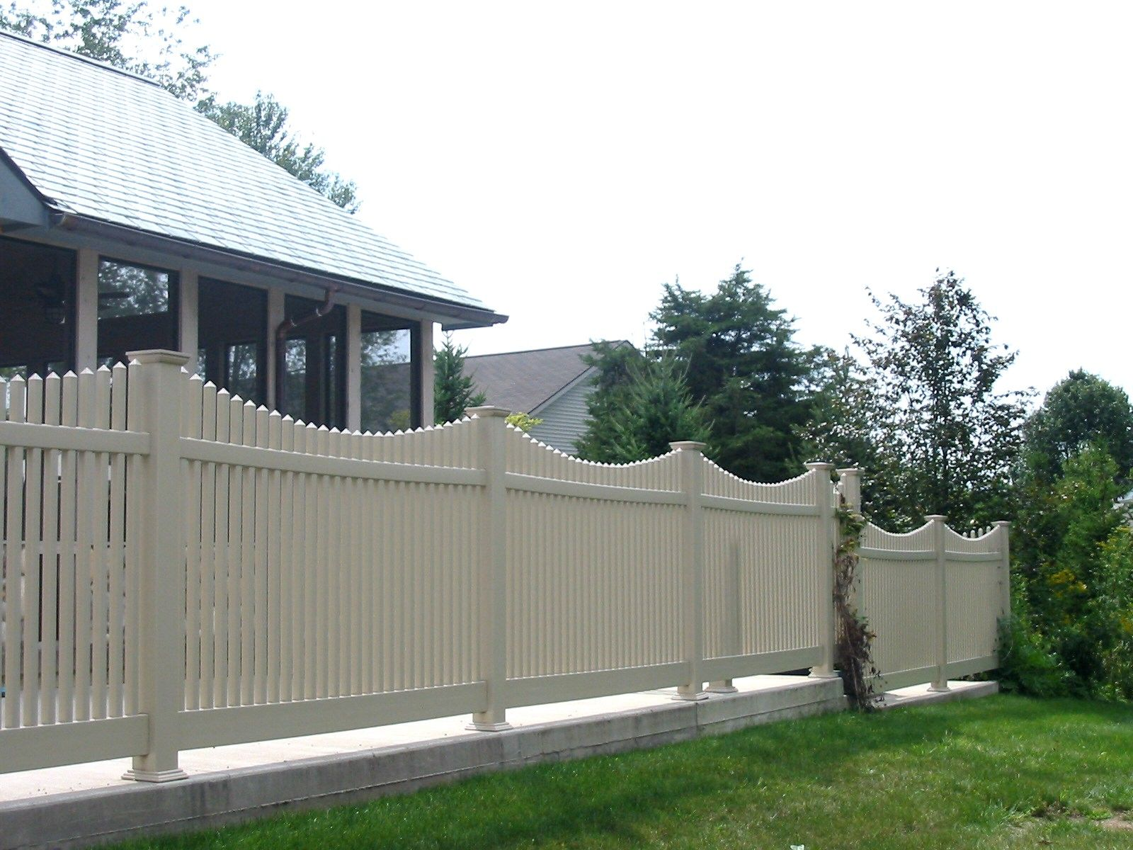 How Much Does Lowes Pay For Installed Fencing Per Foot Buy Pvc