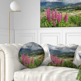 Designart 'Flowering Landscape of New Zealand' Landscape Printed Throw Pillow (Square - 18 in. x 18 in. - Medium), Multicolor, DESIGN ART(Polyester,