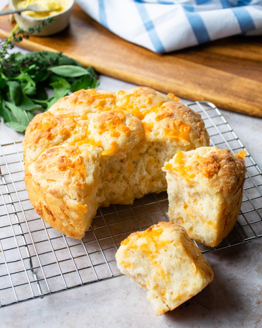 Cheddar Cheese Biscuits Recipe Biscuit recipe, Air