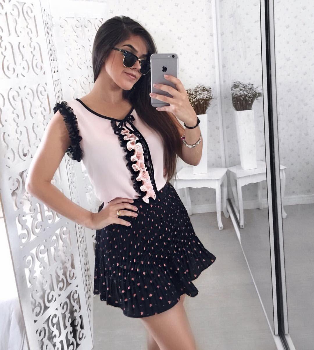 a2e7494a4 Amores mais um look lindo ❤ 🔸Como comprar   . 👉🏼pelo WhatsApp ...