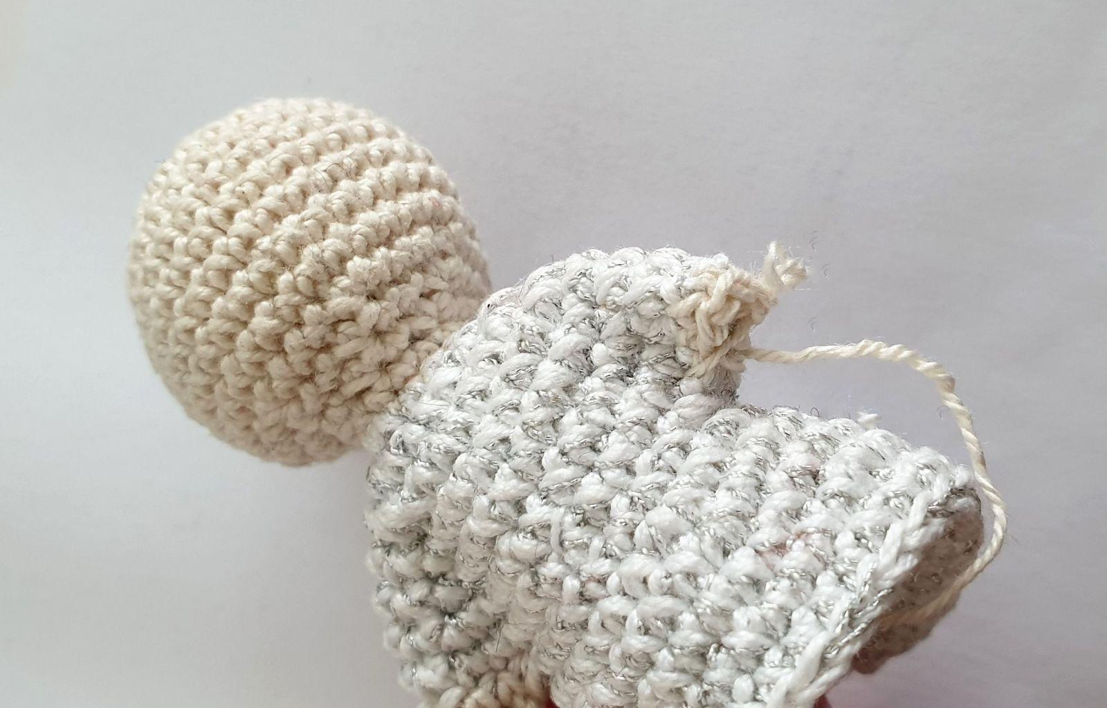 Kostenlose Hakelanleitung Schutzengel Hello I Came Up With A Beautiful Knitting Model To Assess Your Sh In 2020 Hakelanleitung Hakeln Anleitung Kostenlos Hakeln