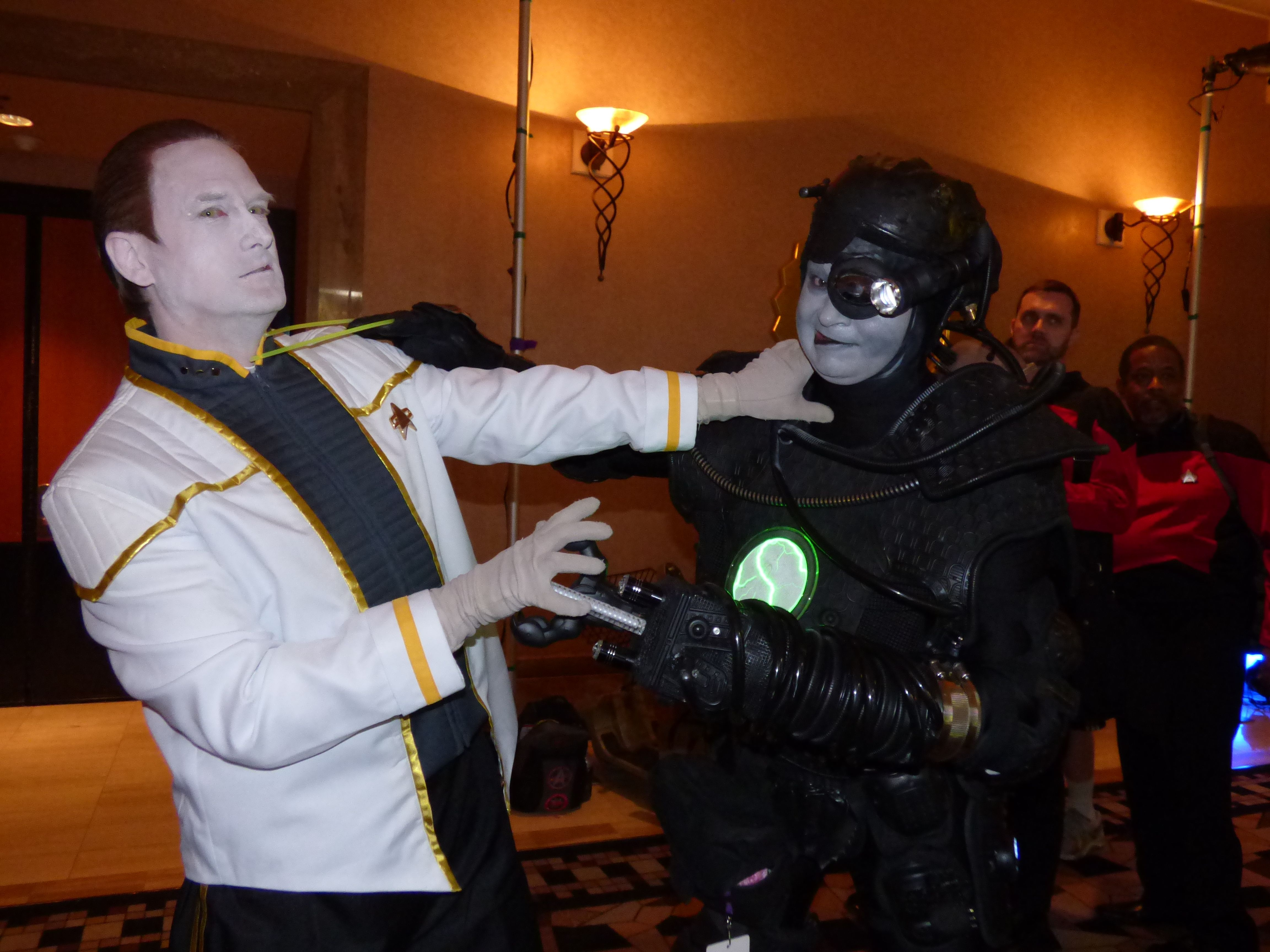 Assimilating Data and self as Borg at Star Trek Vegas 2014 | Eric ...