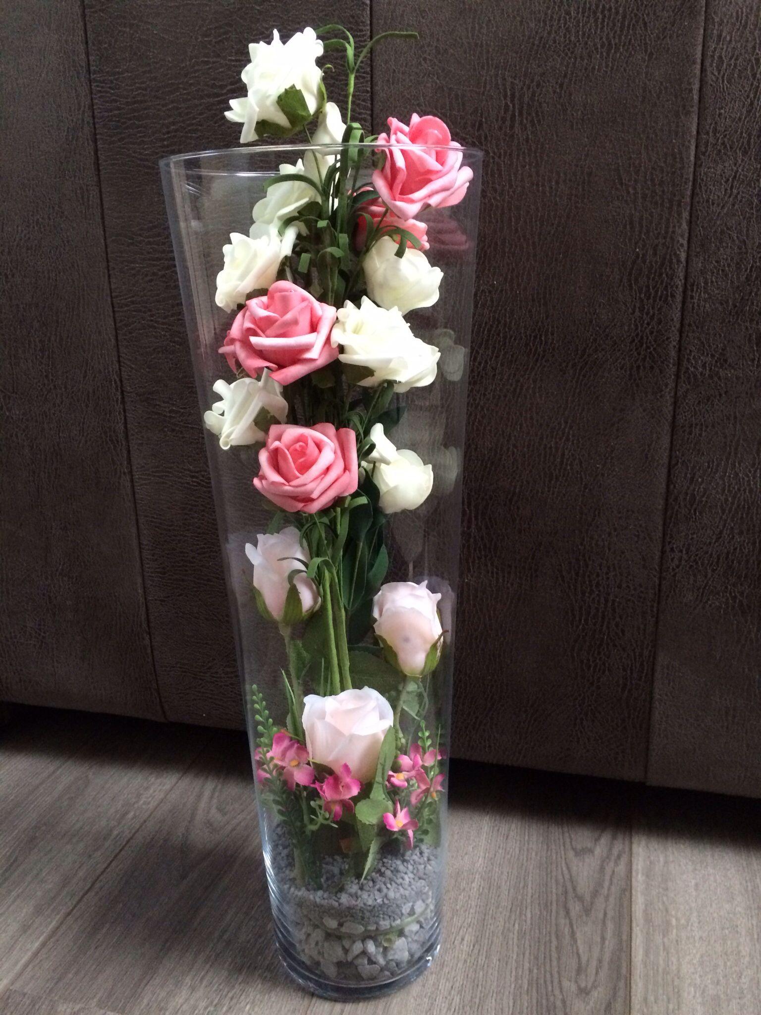 Hoge vaas met rozen diy l decoratie pinterest vaas for Decoratie in vaas