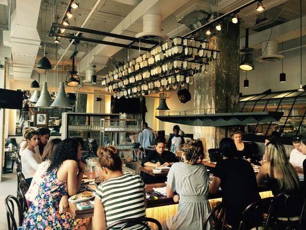 35 Restaurants In Downtown Detroit You Should Try Detroit Events Detroit Downtown