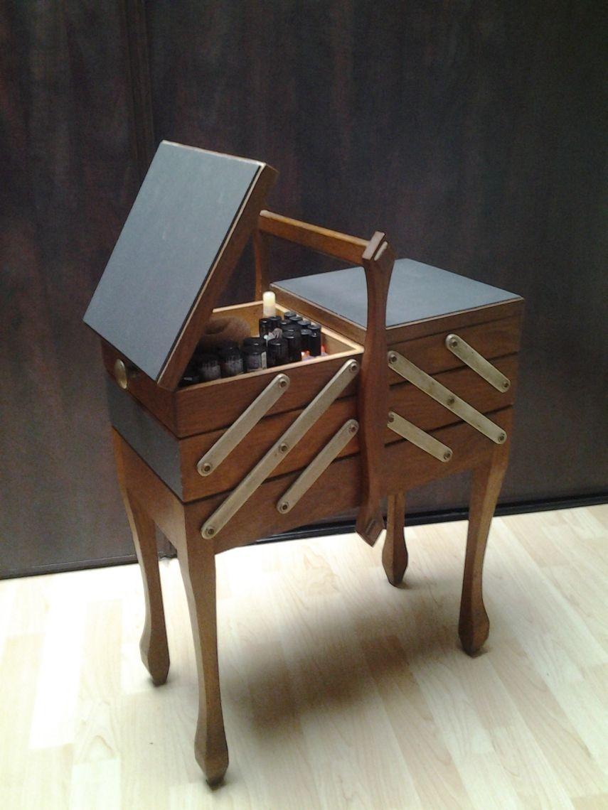 ancienne travailleuse de couturiere bricolage pinte. Black Bedroom Furniture Sets. Home Design Ideas
