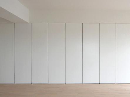 Armarios ocultos que simulan paredes furniture en 2019 - Armarios de habitacion ...