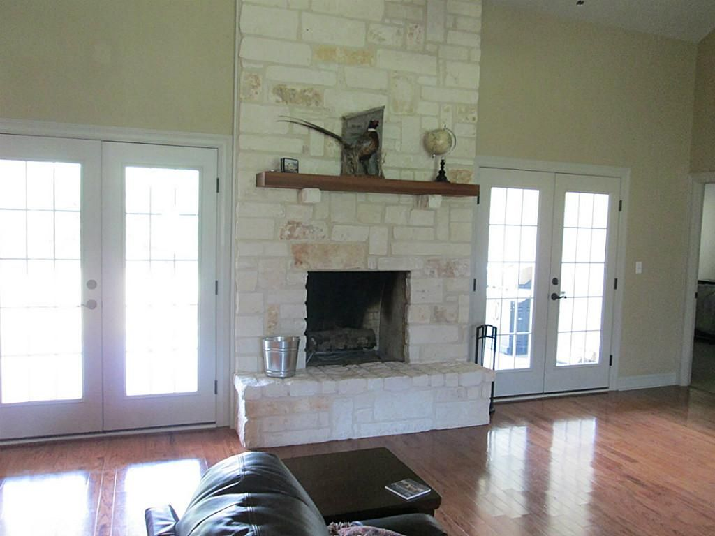 austin stone fireplace - Google Search | Decorating Ideas ...