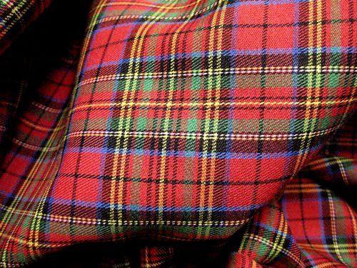 Red Blue Green Plaid Scotch Tartan Cotton Fabric 45\