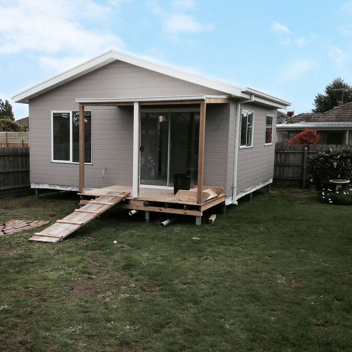 A Granny Flat under construction in Oakleigh, Victoria ...