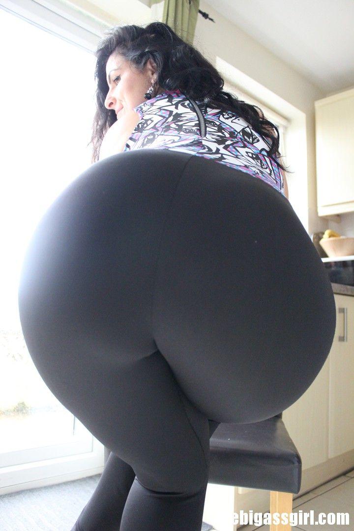 Gorgeous nude ssbbw closeup ass