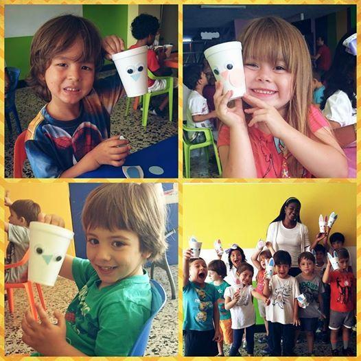 ¡Qué lindos conejitos! Día de manualidades en #Chamburciandoando. Cada día aprenden muchísimas cosas nuevas nuestros pequeños.