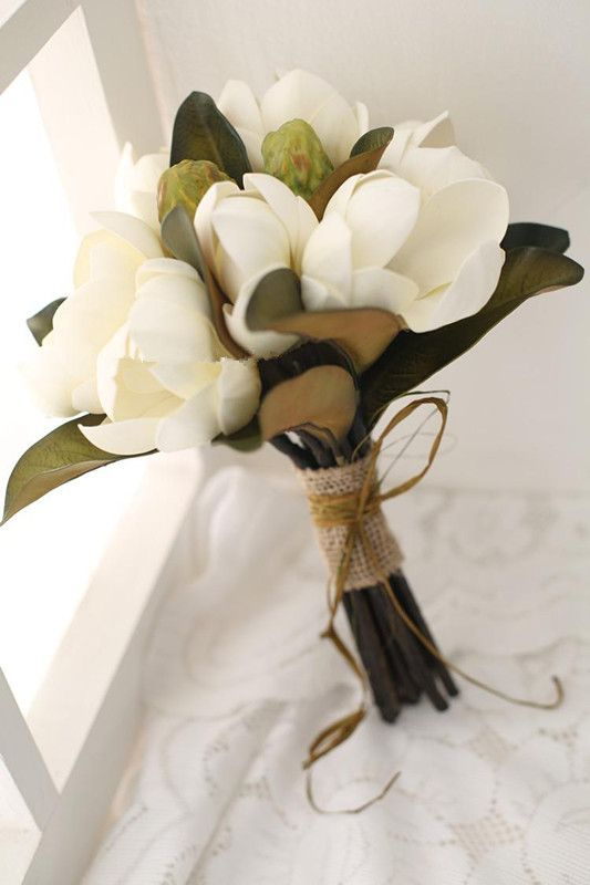 Pink white magnolia wedding bridal throw bouquet yulan for Simple fall bridesmaid bouquets