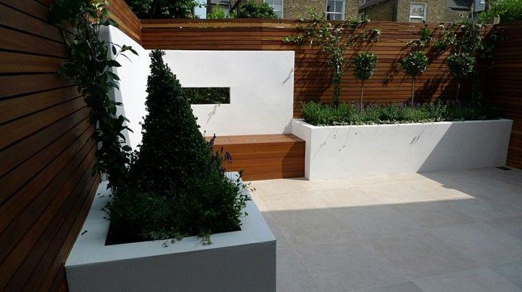 terraza moderna banco madera jardinera