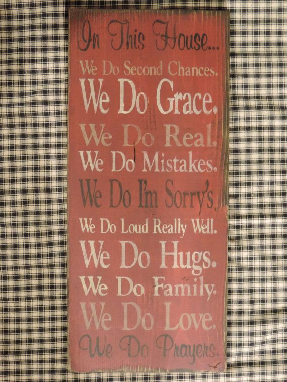 "Aged Country/Primitive Wooden Family Rules 8"" x 18"" sign, made for wall hanging."