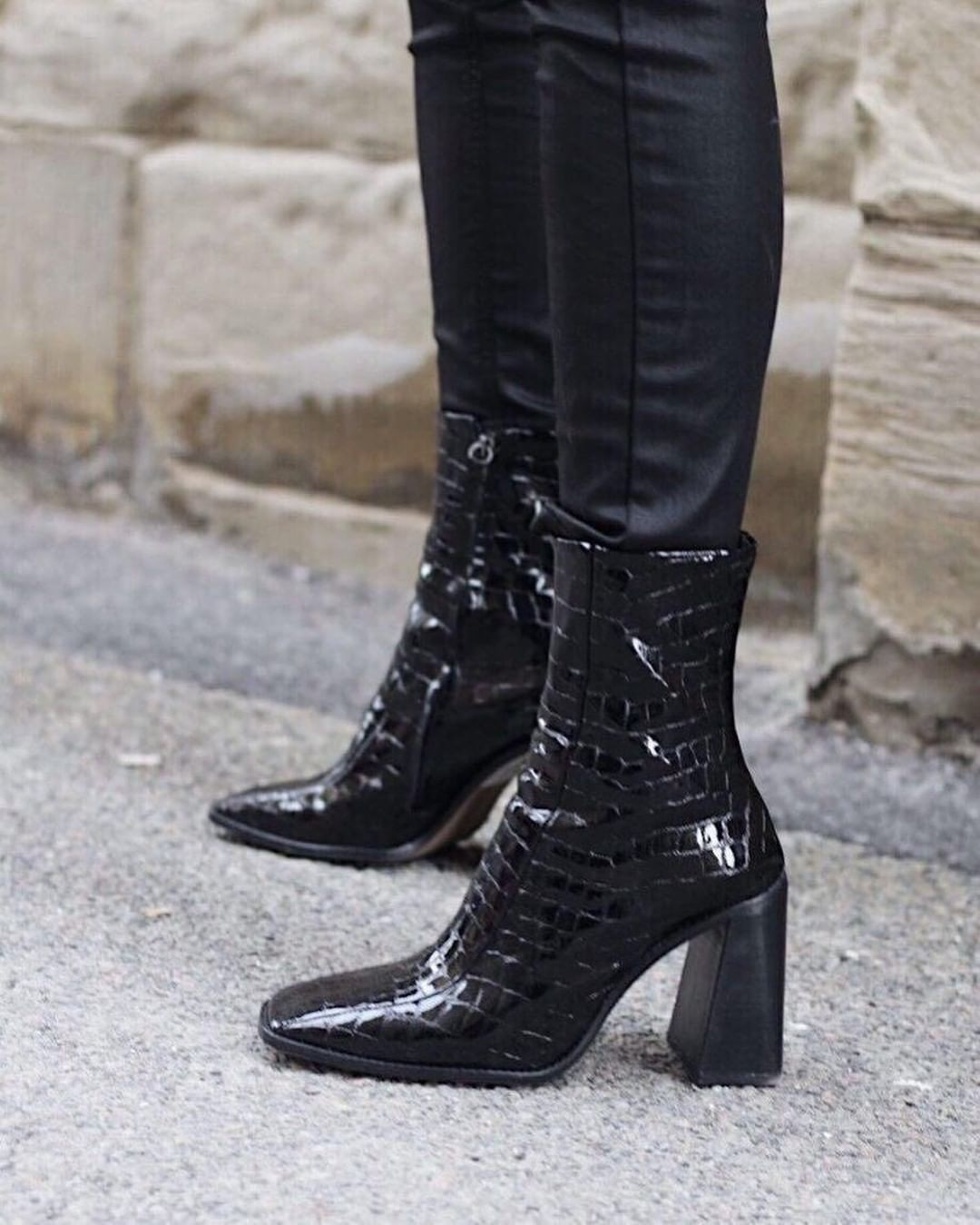 """6d07117376c Topshop on Instagram  """"Our love for the hurricane boots is only getting  stronger ❤👢 📷 anyabumag  TopshopStyle Tap to shop or shop via the 🔗 in  bio."""""""