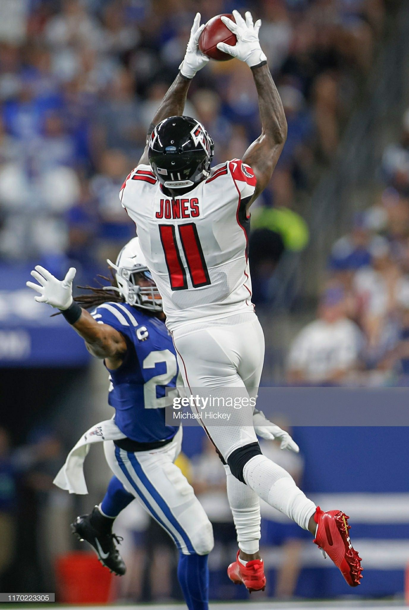 Julio Jones 11 Of The Atlanta Falcons Leaps For A Pass During The Second Half Against The Indianapolis Colts Julio Jones Nfl Football Wallpaper Football Swag
