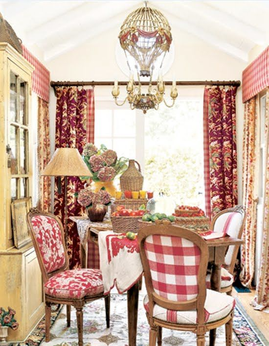 The Southern California Seaside Cottage Of Lee Kirch. Http://www. Countryliving
