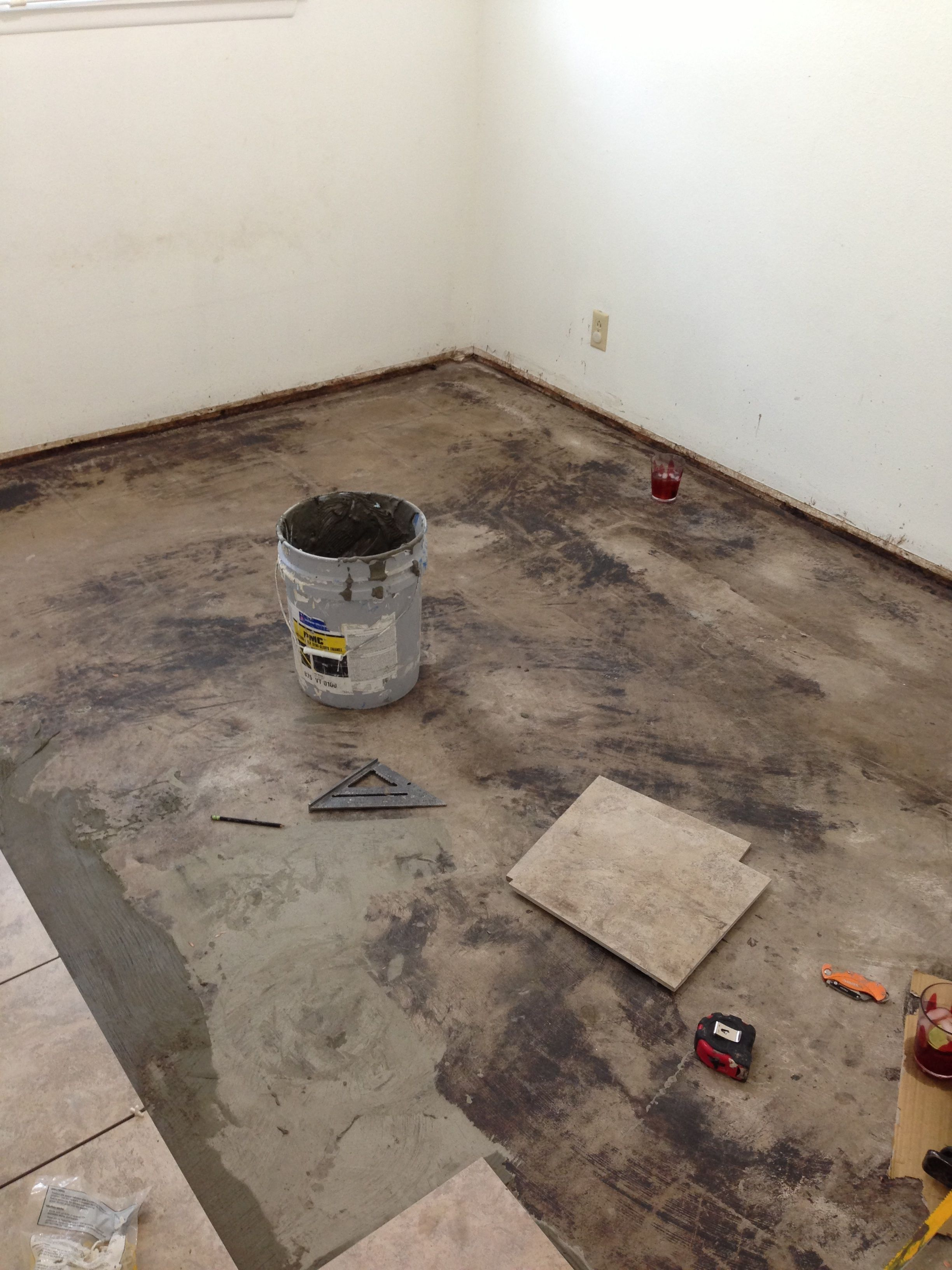 Going to be an easy day at ASG with only 150 sf of porcelain tile