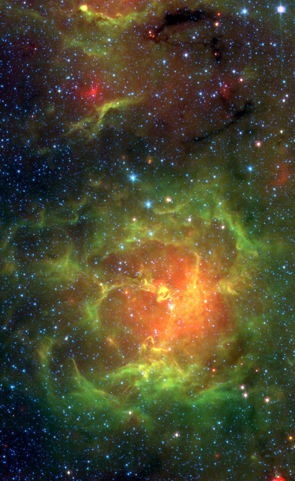 *Spitzer IRAC+MIPS View of the Trifid Nebula Spitzer