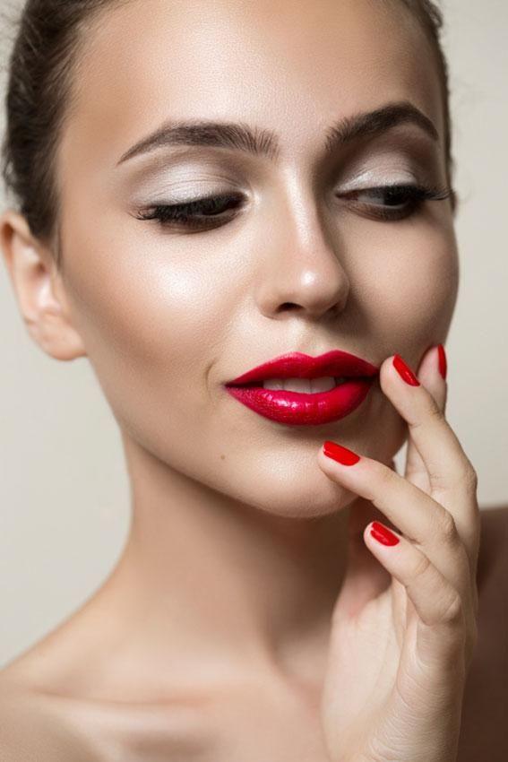What Do High Cheekbones Look Like? | LoveToKnow | High ...