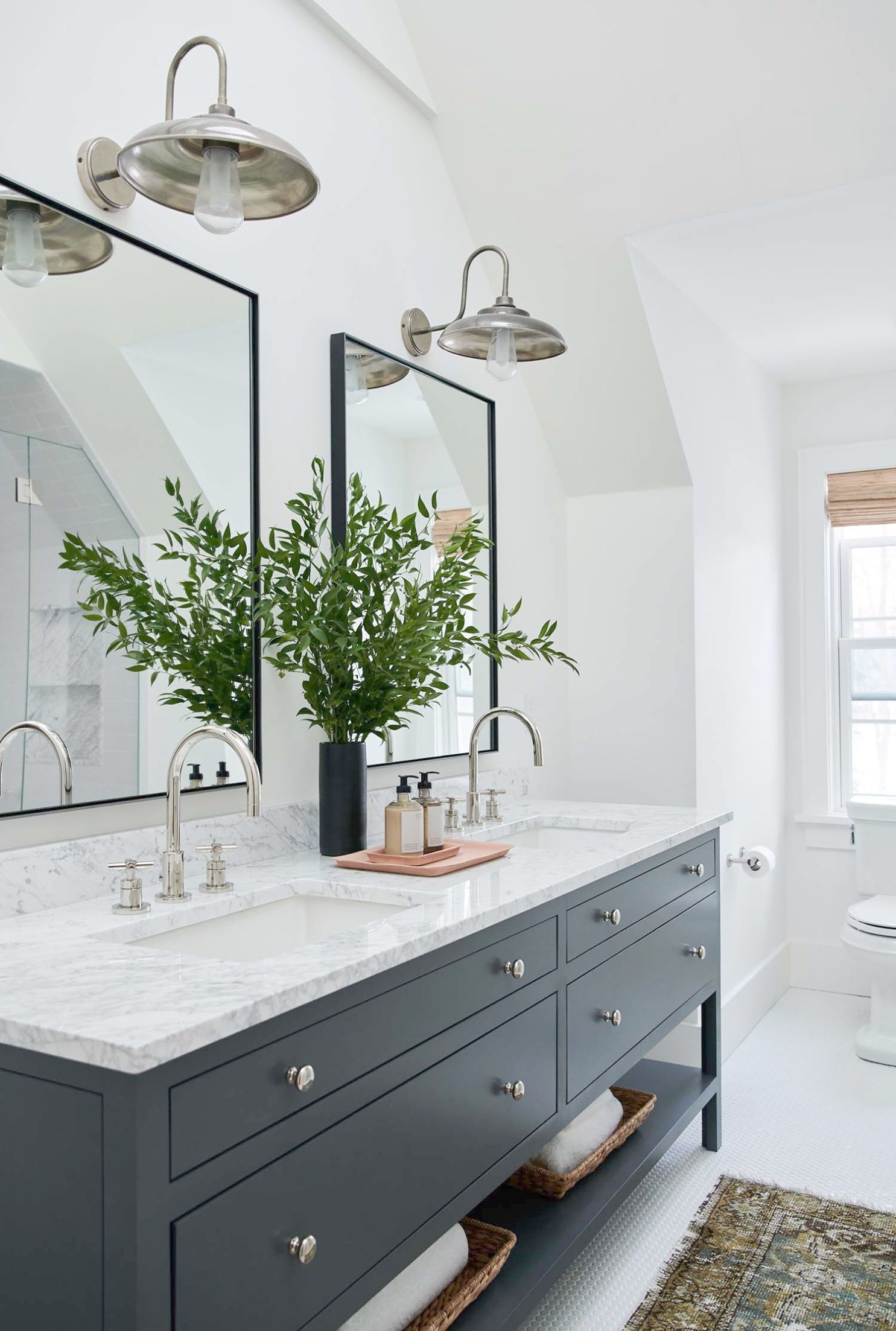Small Bathroom Ideas With Jacuzzi Tub although Bathroom ...
