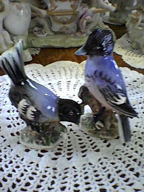 Ucagco Blue Jay And Bird Figurines