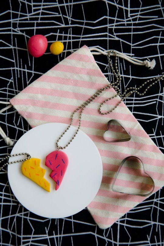 How to Make DIY Friendship Necklace Photo Tutorial | Apartment Therapy
