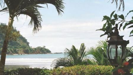 Jaco Vacation Rental - Villa Encantada - Jaco Beach premier luxury beachfront villa