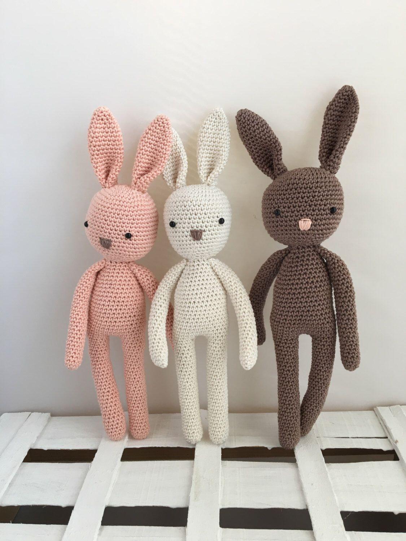 Patron Amigurumi Crochet : lapin réaliste – Made by Amy | 1500x1125