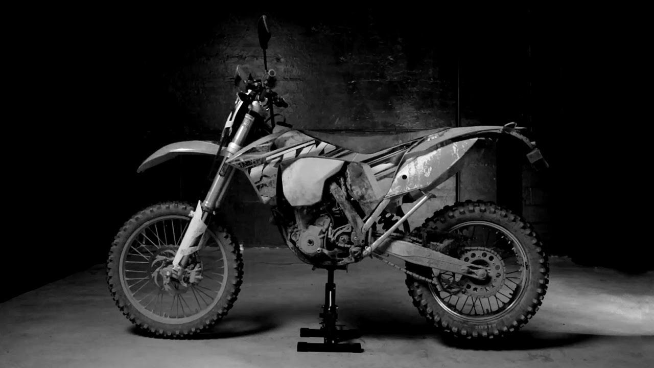 Basic Motorcycle Wash: KTM 350 -- /DRIVE CLEAN