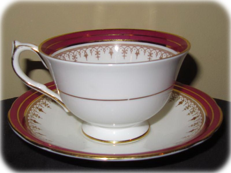 Aynsley China Durham Maroon Pattern 1646 Teacup and Saucer Set . & Aynsley China Durham Maroon Pattern 1646 Teacup and Saucer Set ...