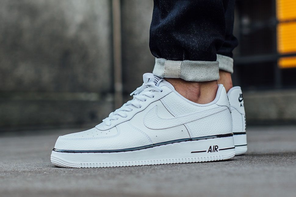 Nike Air Force 1 25th Low White Gold Stars Mens Running Trainers Shoes