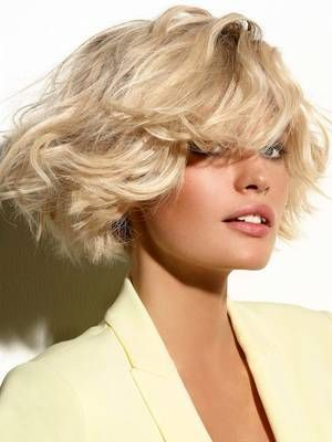 Great Hairstyles To Hide A Big Nose Blonde Bob Hairstyles Brassy Blonde Hair Hair Styles