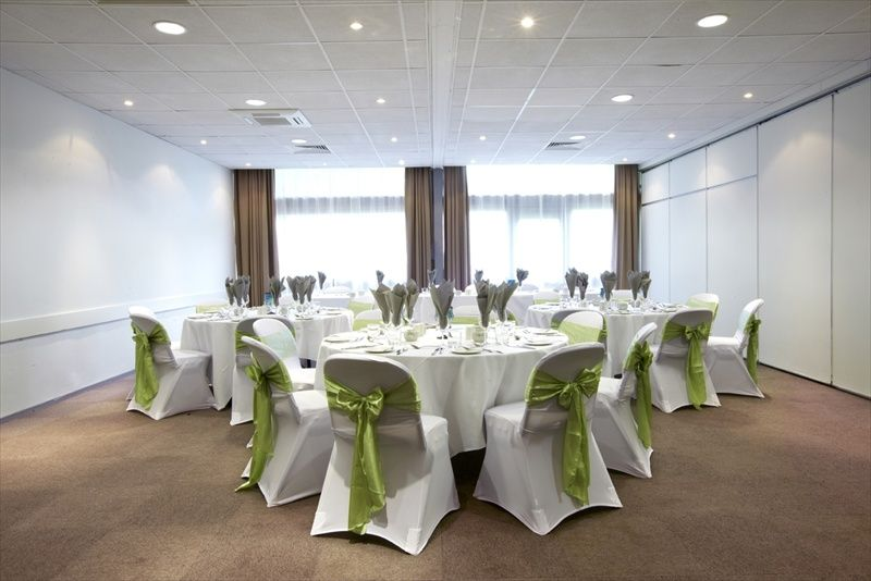 Campanile Hotel Bradford West Yorkshire Located Just 4km From The City Centre Of
