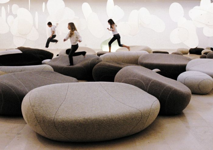 living stone sofa pouf franz sische m bel modernes design. Black Bedroom Furniture Sets. Home Design Ideas