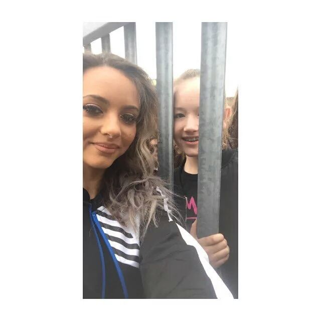 Jade with a fan yesterday (09/04/16)