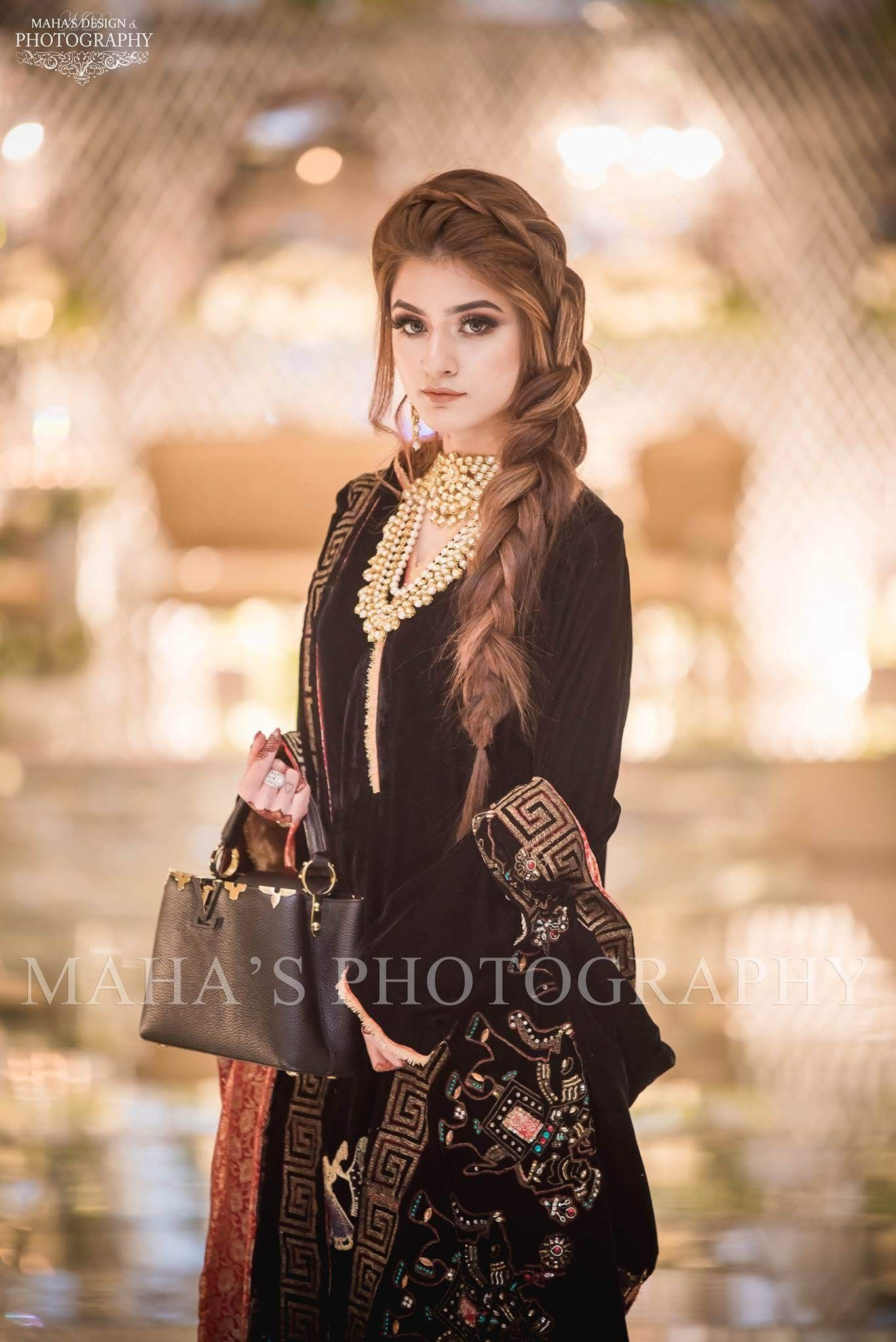 Pin By Ayaan Ahmad On Hairstyles Pakistani Bridal Dresses All Black Dresses Beautiful Dresses