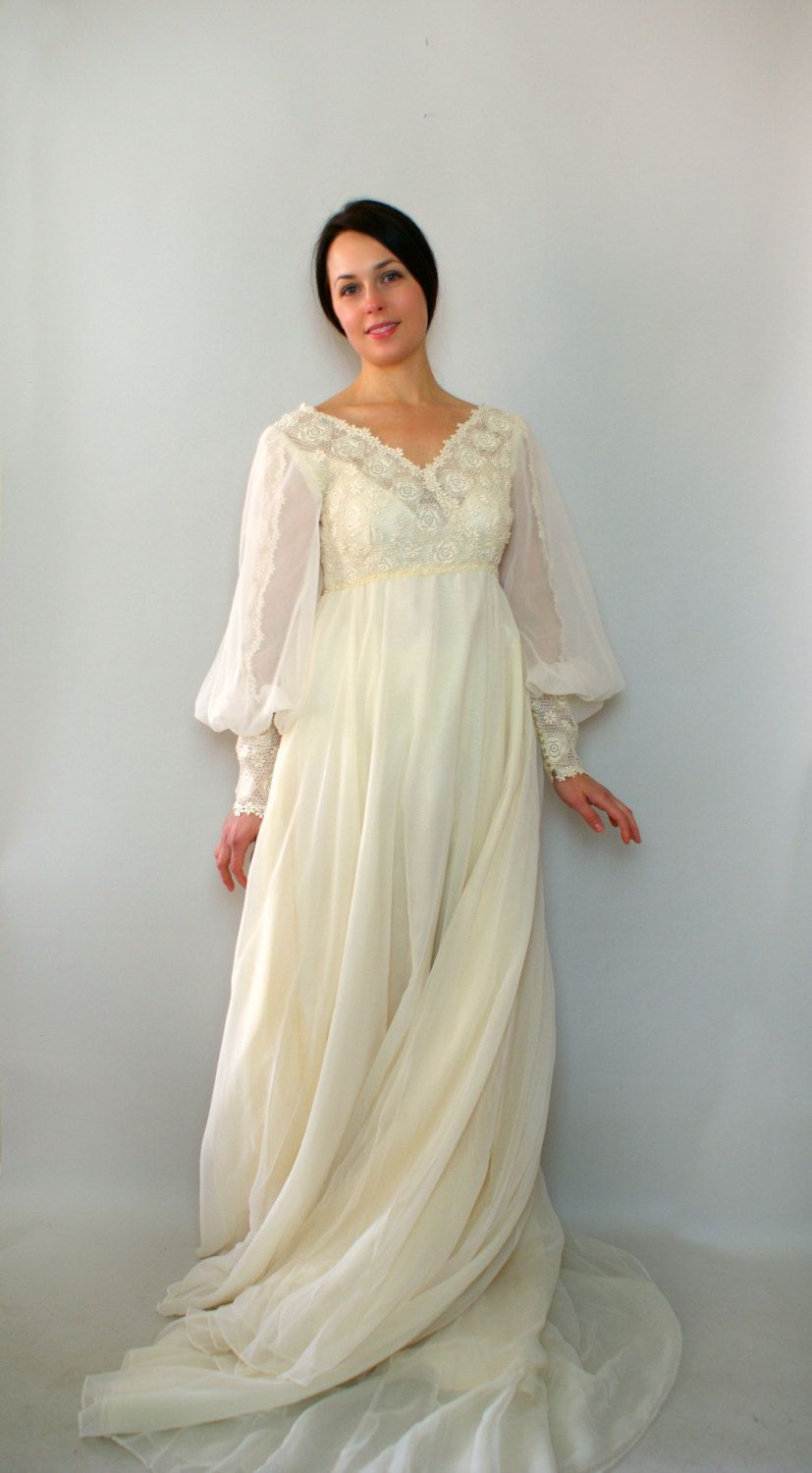 Vintage 1970s Wedding Dress 70s designer Edyth Vincent