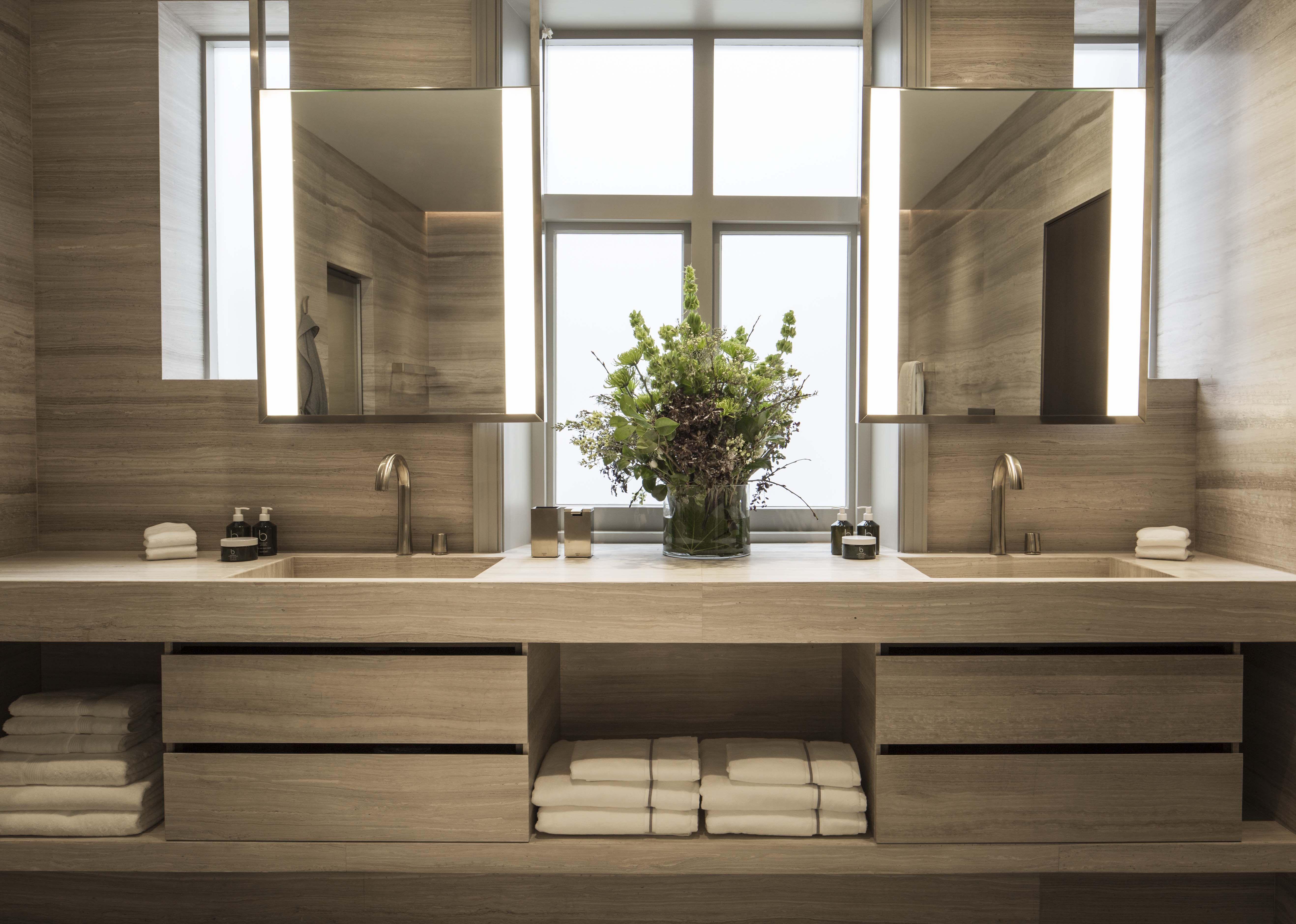 Knightsbridge Splendour | Modern master bathroom, Bathroom ...