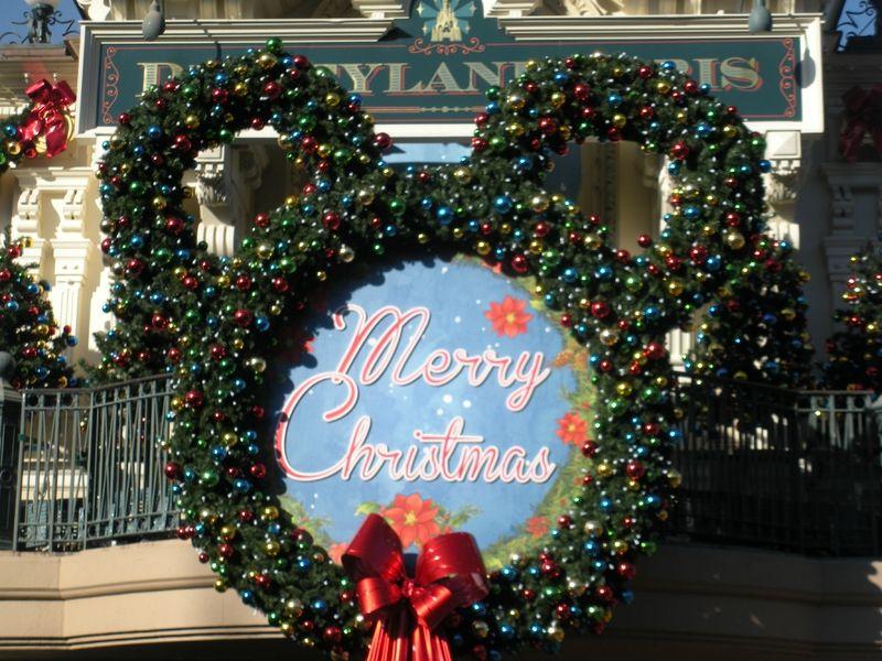 Ambiance de Noël à Disneyland Paris