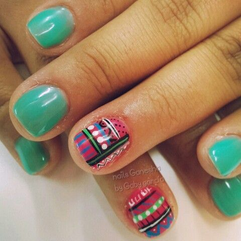 Nails trival