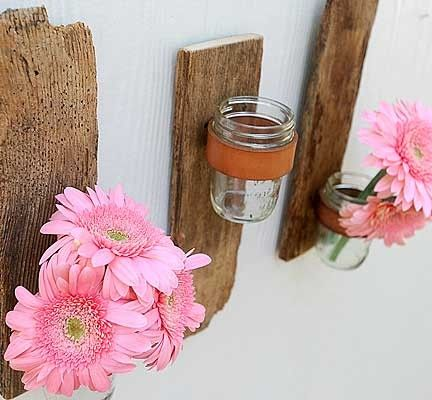 Picket Fences: Salvaged & Repurposed  crafts & home decor
