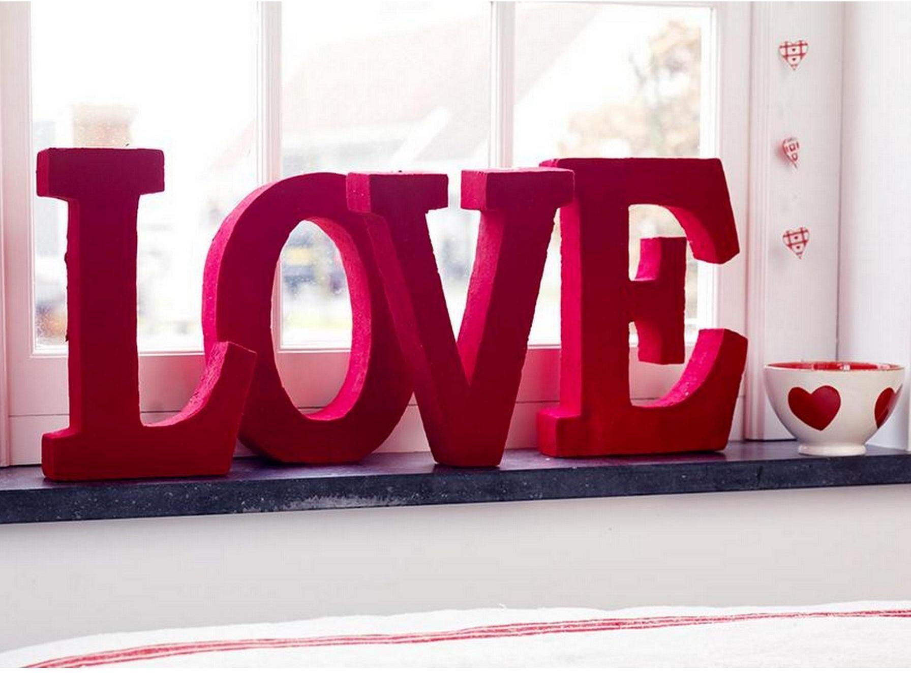 Originales letras love para decoraci n de espacios todo - Decoraciones para san valentin ...