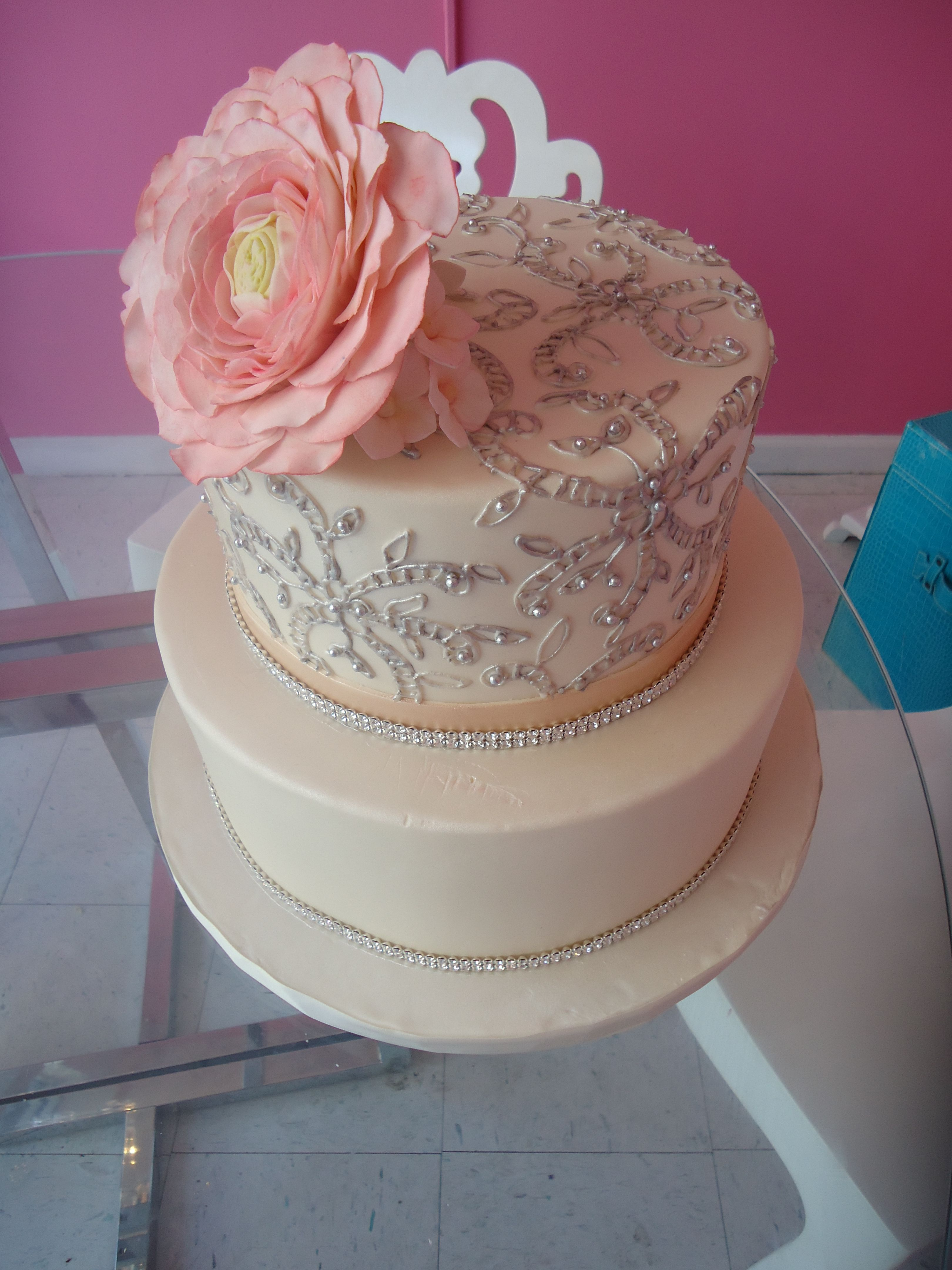 TIER Luxury Cakes Beautiful Dress Inspired Wedding Cake Tierluxurycakes