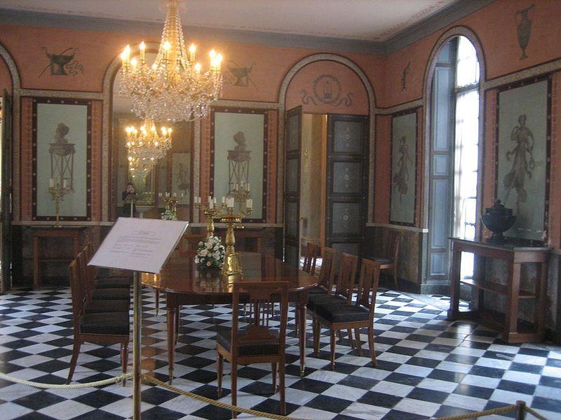 Château Malmaison salle à manger    ptwikipediaorg wiki - salle a manger louis