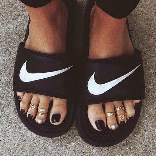 chaussure nike orteil