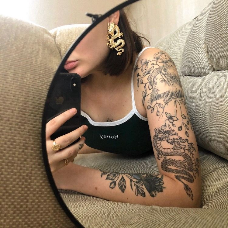 Girl With The Dragon Tattoo Design Ideas In 2020 The Girl With The Dragon Tattoo Realistic Rose Tattoo Tattooing Machines